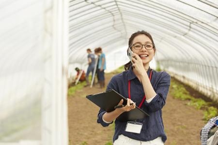 農業、林業、果樹園、ワイナリーでの転送電話の使用